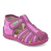 Children slippers picture